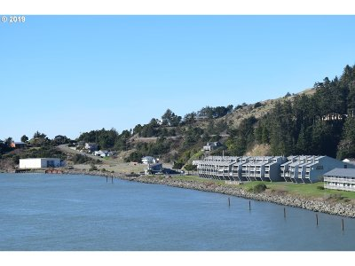 Gold Beach Condo/Townhouse For Sale: 94304 Wedderburn Lp Rd #435