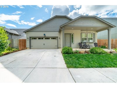 Single Family Home For Sale: 87815 Greenley St