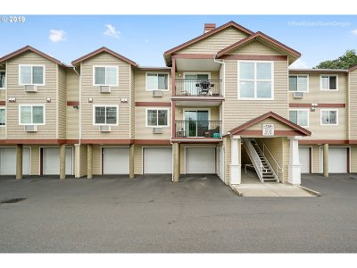 Beaverton Condo/Townhouse For Sale: 750 NW 185th Ave #206
