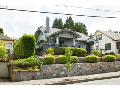 Single Family Home For Sale: 7244 SE Taylor St
