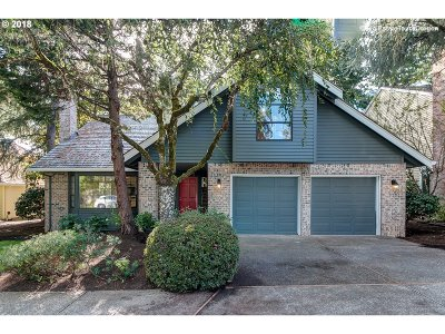 Lake Oswego Single Family Home For Sale: 14273 Amberwood Cir