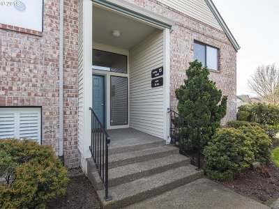 Tigard Condo/Townhouse For Sale: 16398 SW 130th Ter #87