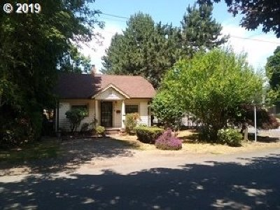 Portland Single Family Home For Sale: 6605 N Powers St