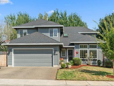 Sherwood Single Family Home For Sale: 17705 SW Mandel Ln