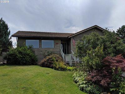 la grande Single Family Home For Sale: 807 Hillcrest Dr