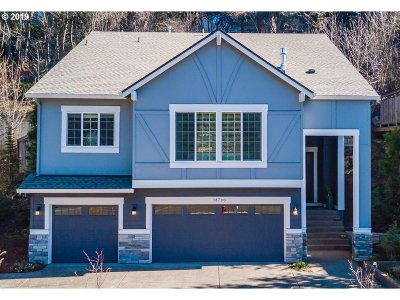 Lake Oswego Single Family Home For Sale: 18790 Bryant Rd