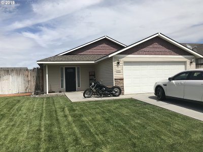 Hermiston Single Family Home For Sale: 305 E Francolin Ave
