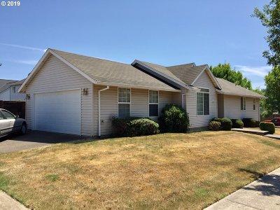 Newberg Single Family Home For Sale: 3306 N Center St