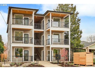 Portland OR Condo/Townhouse For Sale: $379,000