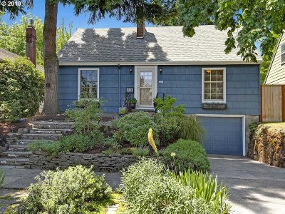 Portland Single Family Home For Sale: 4415 NE 25th Ave