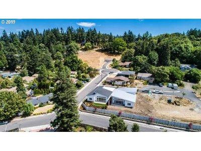 Eugene Residential Lots & Land For Sale: 1142 Hyde Park Pl