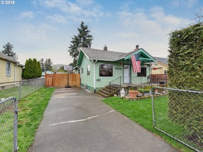 Portland Single Family Home For Sale: 7649 SE Ogden St