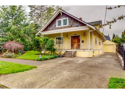 Portland Single Family Home For Sale: 411 NE 85th Ave
