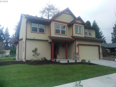 Milwaukie Single Family Home For Sale: 19509 SE Kay St #LOT 3