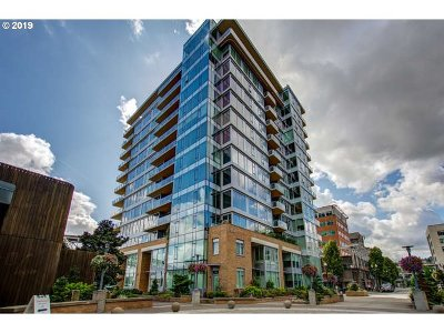 Portland Condo/Townhouse For Sale: 1920 SW River Dr #905