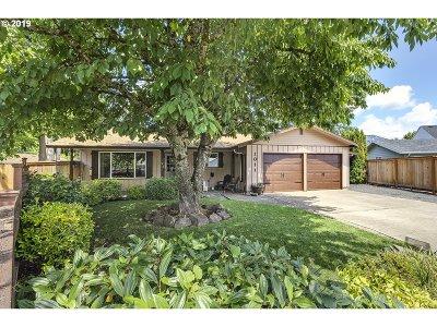 Hillsboro Single Family Home For Sale: 1011 NE 11th Ct