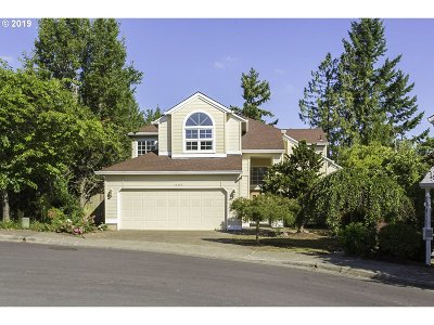 Beaverton Single Family Home For Sale: 16347 SW Horseshoe Way