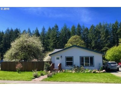 Yacolt Single Family Home For Sale: 208 S Parcel Ave