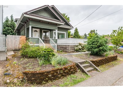 Portland Single Family Home For Sale: 4004 SE Division St