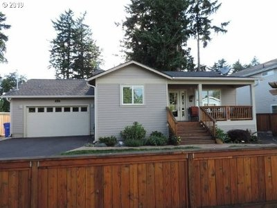 Portland Single Family Home For Sale: 211 SE 133rd Ave
