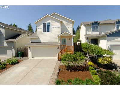 Forest Grove Single Family Home For Sale: 3344 Oakcrest Dr