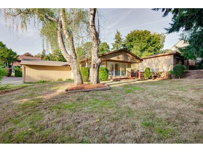 Happy Valley, Clackamas Single Family Home For Sale: 12226 SE 108th Ave