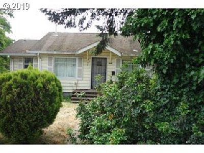 Single Family Home For Sale: 6804 SE Ogden St