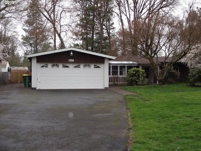 Single Family Home For Sale: 8117 SW Mapleleaf St