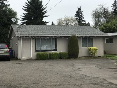 Clackamas County Multi Family Home For Sale: 6791 SE Alberta St