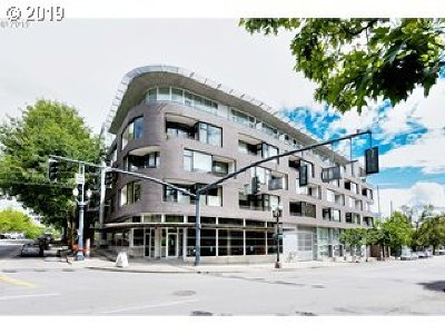 Condo/Townhouse For Sale: 1234 SW 18th Ave #206