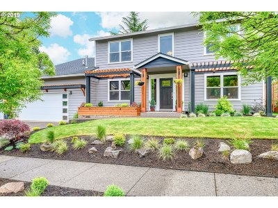 Tualatin Single Family Home For Sale: 22730 SW Vermillion Dr