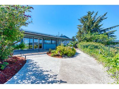 Coos Bay Single Family Home For Sale: 91161 Cape Arago Hy