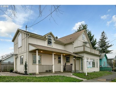 Single Family Home For Sale: 1043 NE 77th Ave