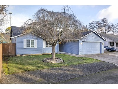 Keizer Single Family Home For Sale: 939 NE Shelby Ln