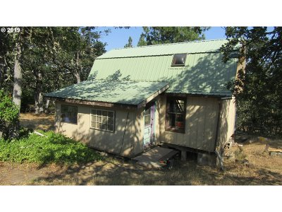 Lyle Single Family Home For Sale: 80 Clark Rd