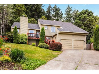Beaverton Single Family Home For Sale: 6163 SW 162nd Pl