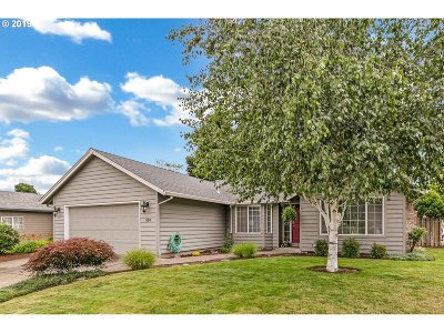 Canby Single Family Home For Sale: 634 S Oak Pl