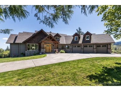 Scappoose Single Family Home For Sale: 31350 Briarwood Dr