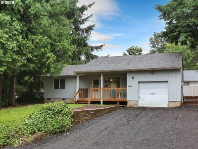 Gresham Single Family Home For Sale: 1918 SE Regner Rd