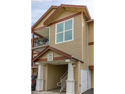 Beaverton Condo/Townhouse For Sale: 750 NW 185th Ave #205