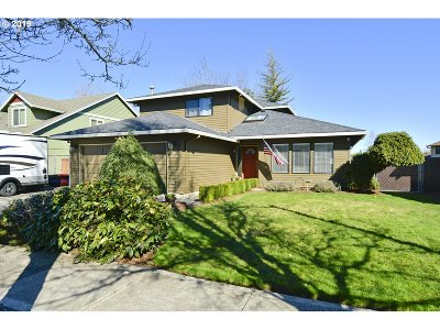 Gresham Single Family Home For Sale: 4423 SE 15th St
