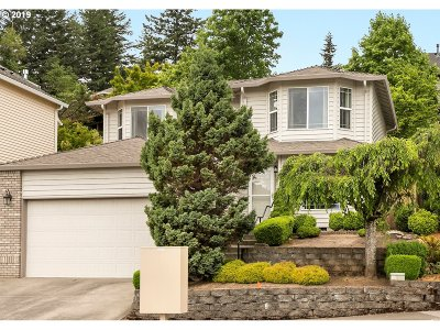 Troutdale Single Family Home For Sale: 3227 SW Corbeth Ln
