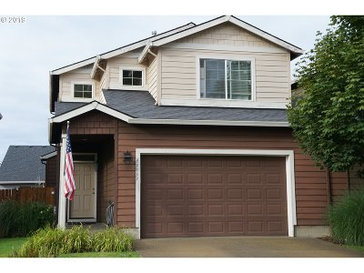 Single Family Home For Sale: 33937 SE Rolling Hills Dr