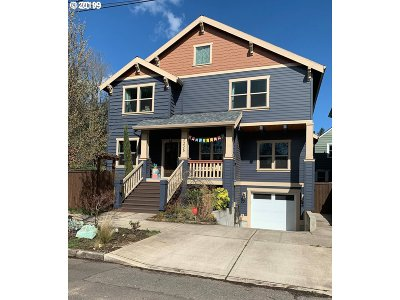 Single Family Home For Sale: 2225 NE Jarrett St