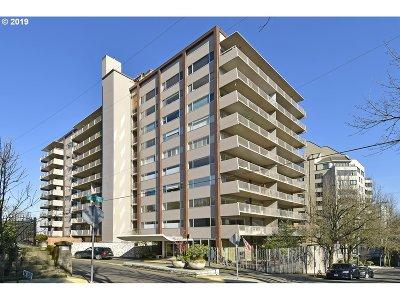 Condo/Townhouse For Sale: 2323 SW Park Pl #505