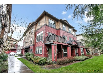 Sherwood Condo/Townhouse For Sale: 22858 SW Forest Creek Dr #201