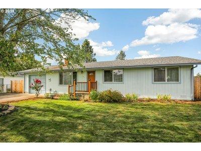 Roseburg Single Family Home For Sale: 162 Georginna