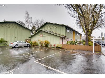 Beaverton OR Condo/Townhouse For Sale: $174,900
