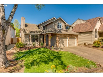 Tigard Single Family Home For Sale: 10729 SW 127th Ct