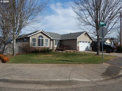 Single Family Home For Sale: 6704 Simeon Dr